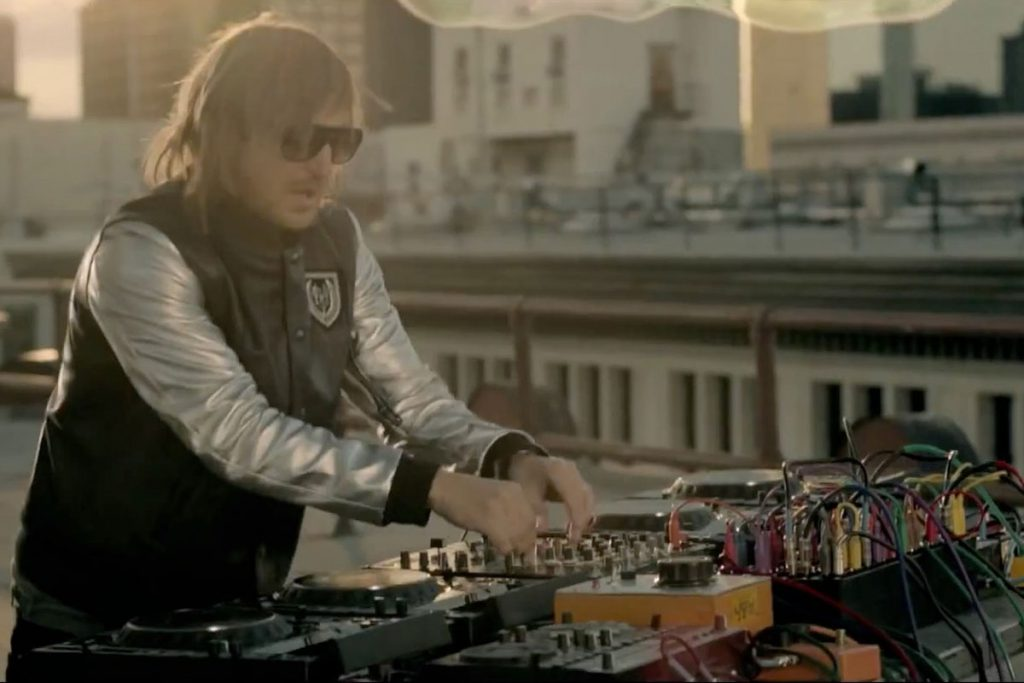 David Guetta - Where Dem Girls At